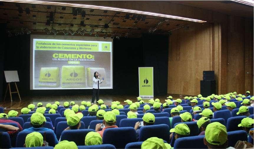 Fotografía Certificaión de competencias laborales-02