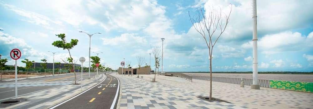 El Gran Malecón Unidad 1 y 2 vista frontal de la cicloruta fondo natural
